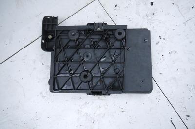 Podstawa akumulatora Renault Megane II 16V 8200166032
