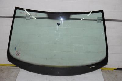 Szklana szyba przednia do VW Golf V VI kombi