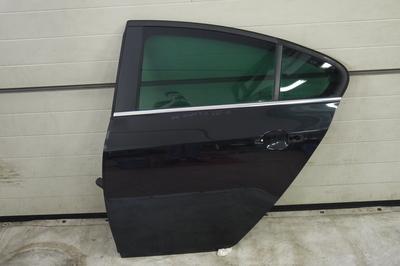 Czarne lewe tylne drzwi do Opel Insignia A HB Z22C