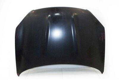 Czarna nowa maska do Nissana Qashqai I
