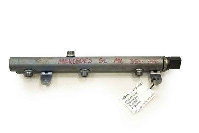 Szara listwa wtryskowa paliwa do Mercedes 3.0 CDI A6420703095