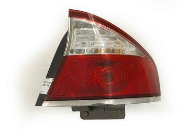 Czerowona prawa tylna lampa do Subaru Legacy IV w sedanie