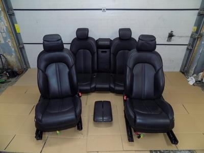 czarne fotele kanapa podłokietnik do samochodu osobowego Audi A8 D4 4H0 4H