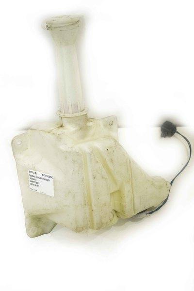 Biały plastikowy zbiorniczek spryskiwaczy do Mazdy 626