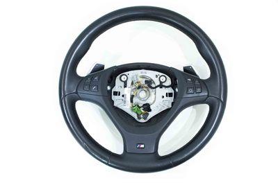 czarna skórzana kierownica do BMW X5 E70 X6 E71 wersja M-pakiet z łopatkami zmiany biegów