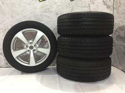 Srebrne alufelgi z oponami letnimi do VW Touareg Audi Q7 8.5Jx19H2 ET 45 5X120 255/50r19 Dunlop lato