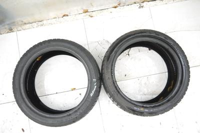 CZarne opony zimowe pirelli 2 szt 225/45r18